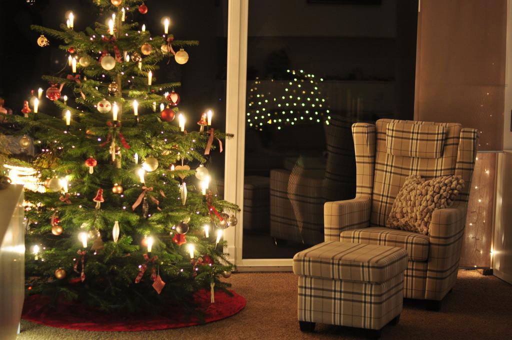 weihnachtszeit tipps f r kindersichere weihnachtstage. Black Bedroom Furniture Sets. Home Design Ideas