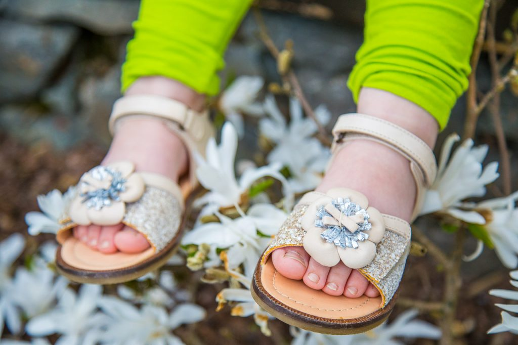 sandalen von ocra