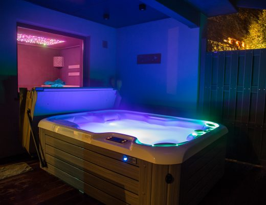 whirlpool am Abend relax cottage suite phantasia