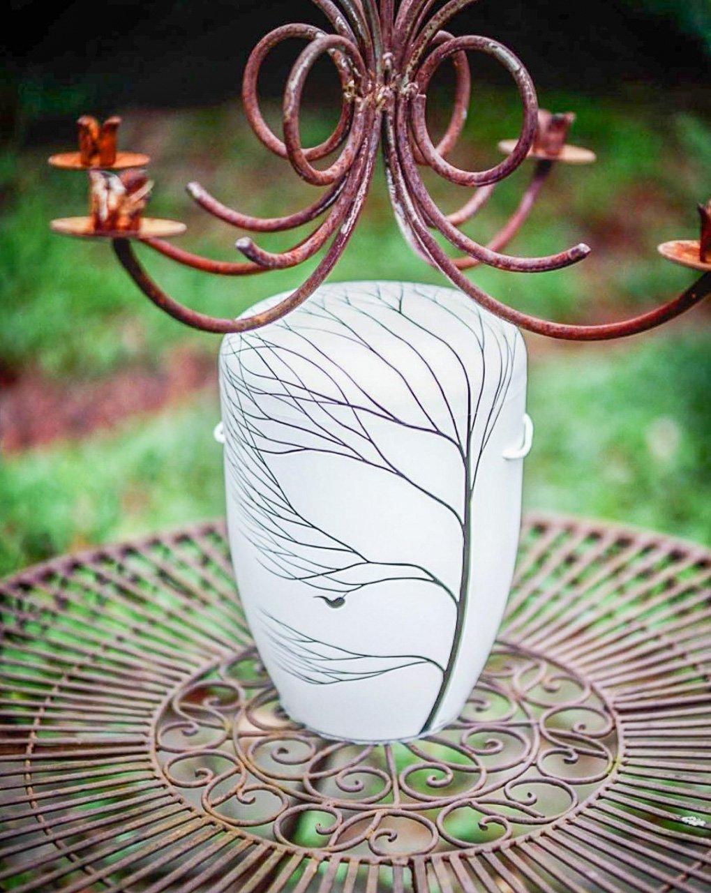 schöne Urnen individualisiert