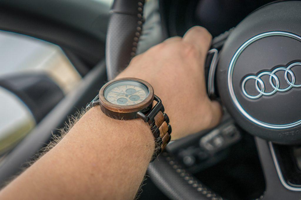 holzkern Uhr Männer