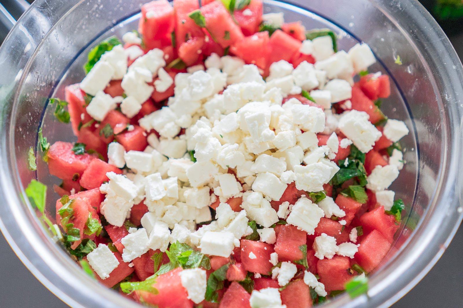 melonensalat zubereiten
