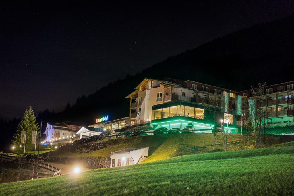 kinderhotel oberjoch by night