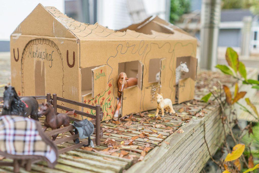 schleich pferdestall bauen