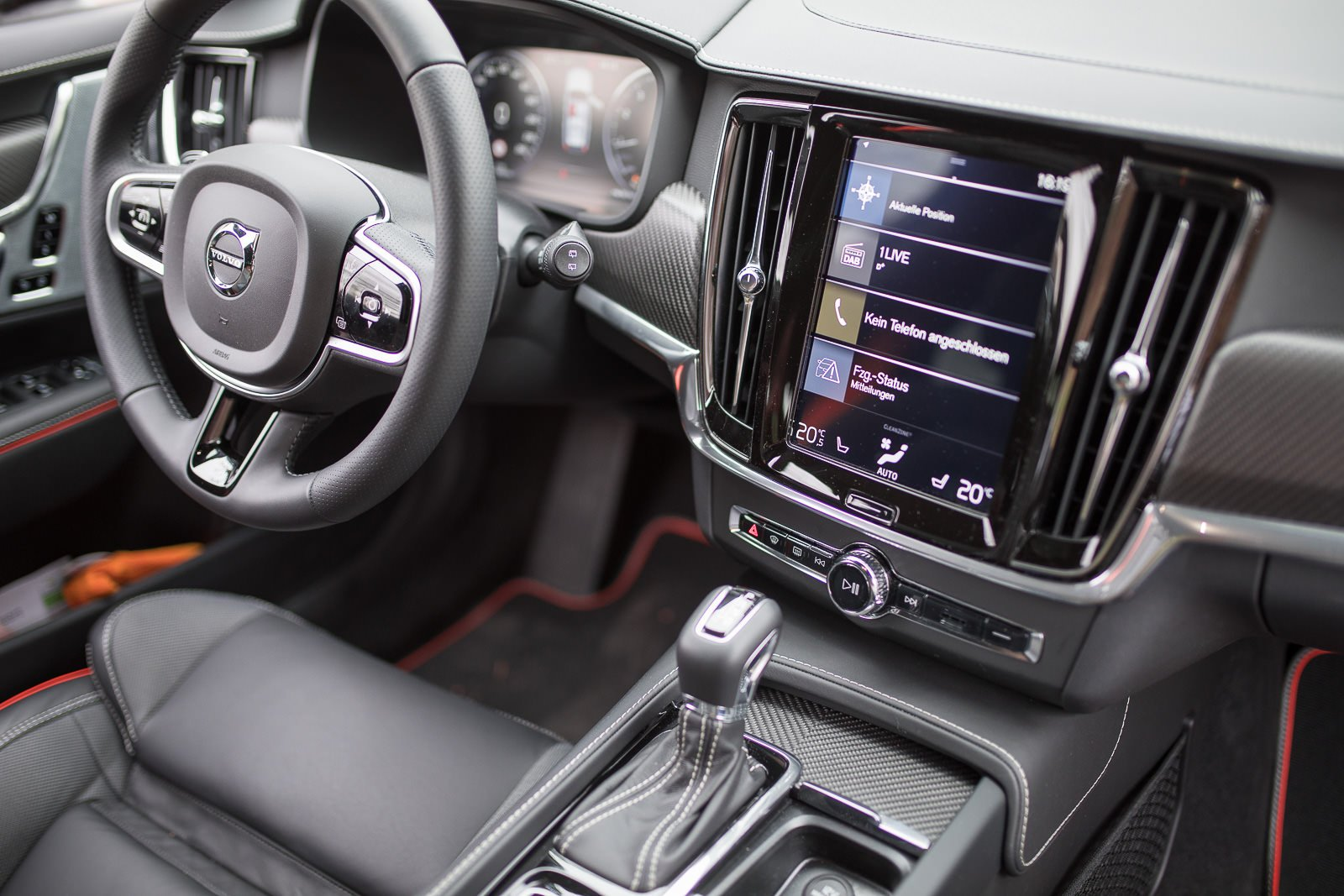 volvo v90 cross country ocean interieur