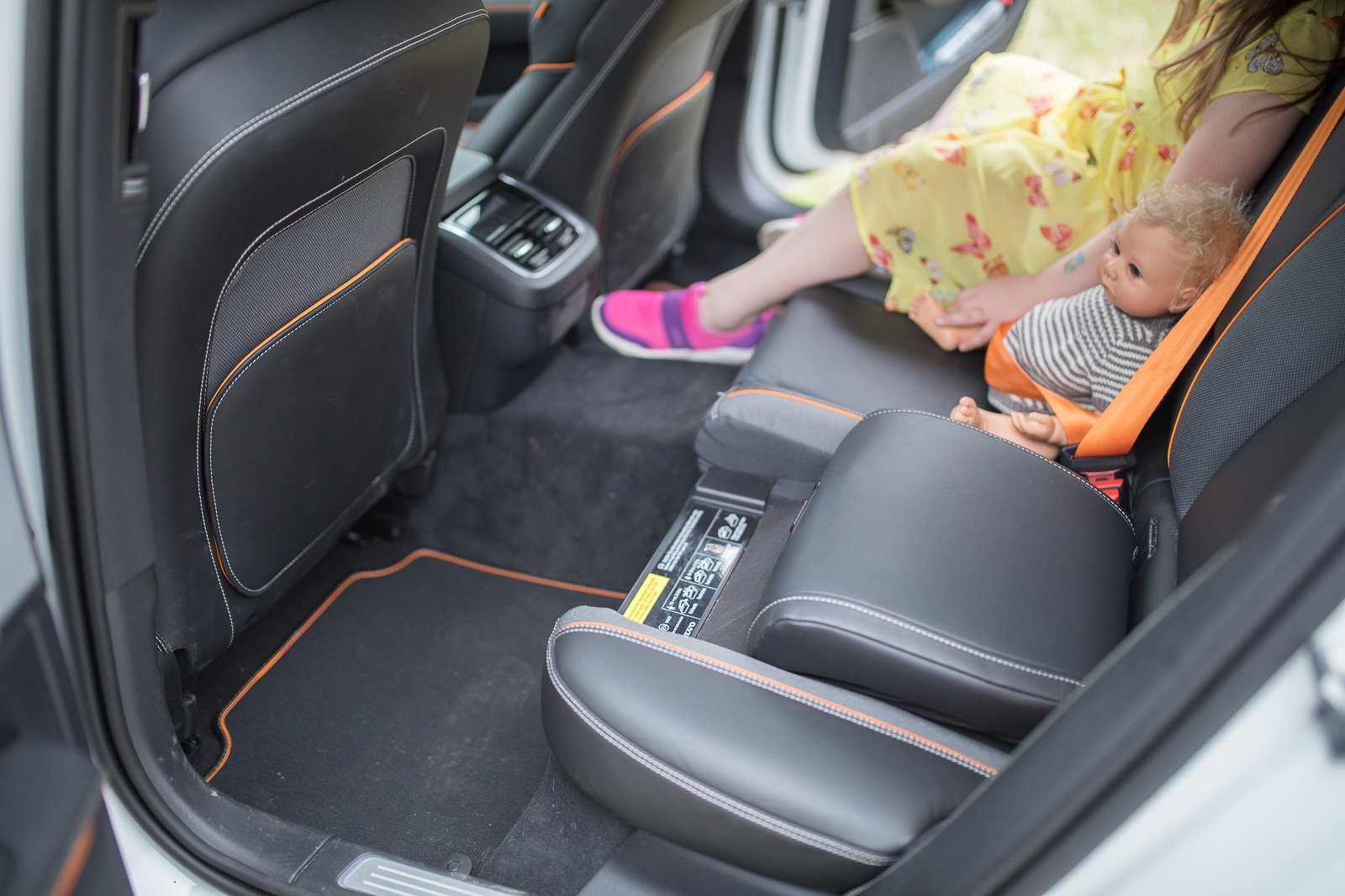 volvo v90 cross country ocean integrierte Kindersitze