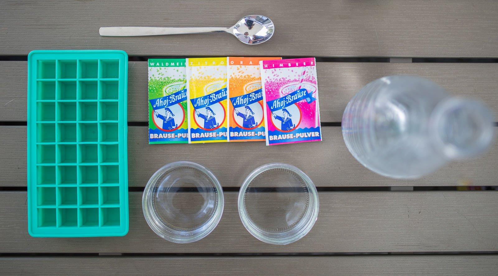 Etwas Neues genug Sommer-Rezept für Kinder: Leckere Ahoj Brause Eiswürfel &HO_18