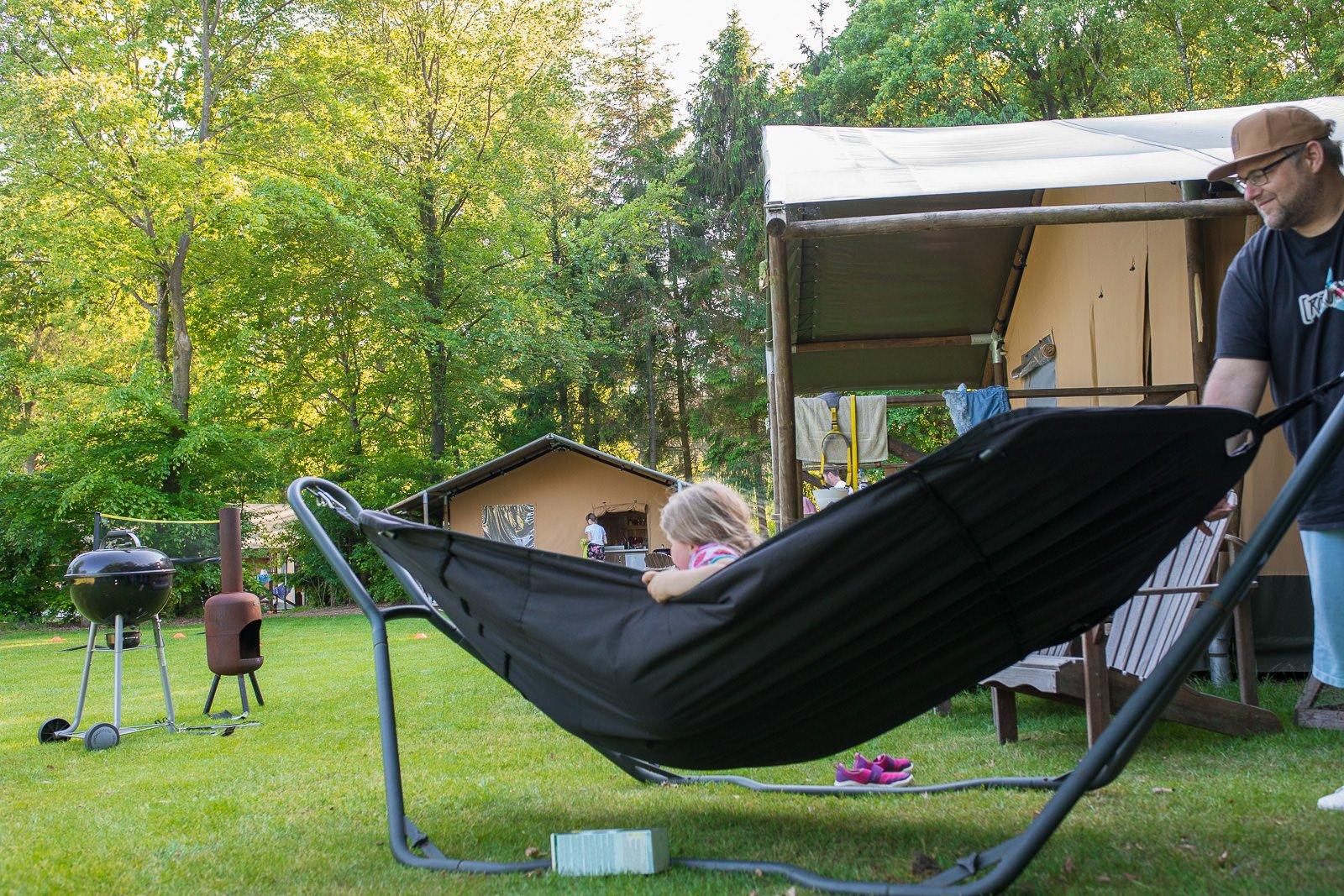 Hängematte lodgezelt farmcamps