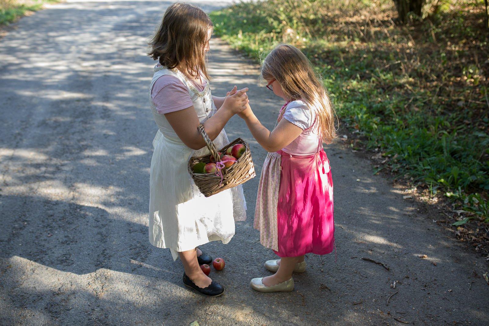 Dirndl für Mädchen tausendkind