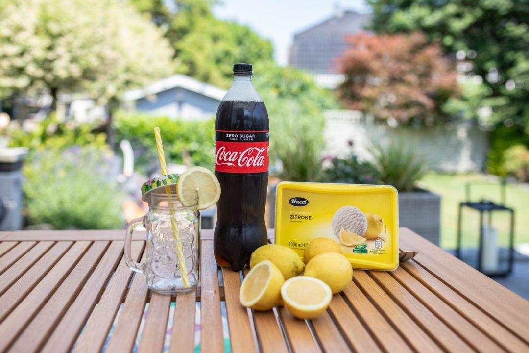 cola mit Zitroneneis